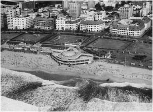 Ref No: DRB010 Titel: South Beach - Early 1950's width=
