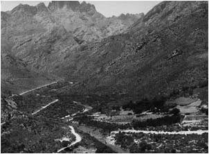 Ref No: WCA004 Titel: Ceres, Mitchells Pass - Late 1930's width=230